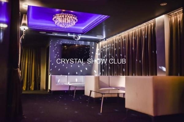 002-stripclub.jpg